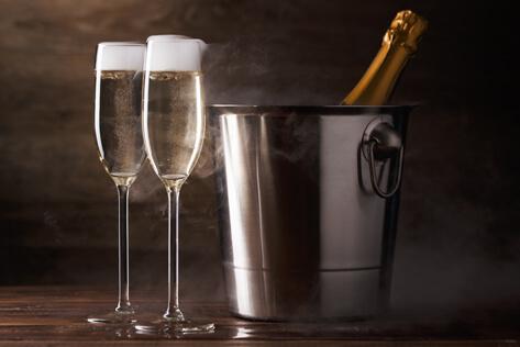 https://basketsmaine.com/media/holidays/Admin Professionals Day/IMG_Champagne.jpg