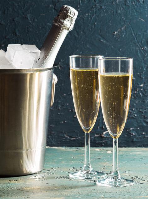 Champagne Gift Baskets Delivery Putnam