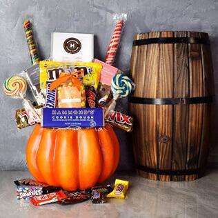Sweet Halloween Gift Basket Maine