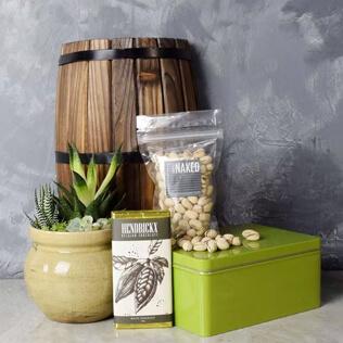 Snacks & Succulent Gift Set Maine