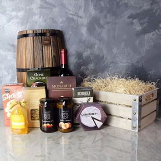 Oakridge Wine & Snack Gift Crate Maine