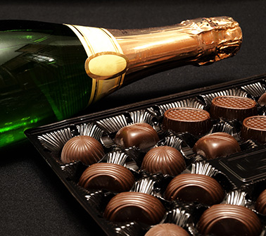 Champagne & Chocolate Gift Baskets Delivered to Maine
